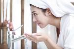 Dùng sữa rửa mặt vào buổi sáng không tốt cho da?