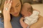 Sau sinh thường rụng tóc vì sao các mẹ nhỉ?
