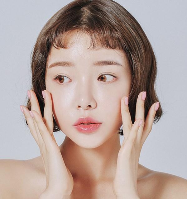 5-xu-huong-trang-diem-hot-dau-nam-2018-chi-em-dung-bo-lo-nhe-1
