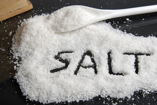 Một nhúm muối – 3 công thức trị thâm do mụn hiệu quả đến 90% - Ảnh 2