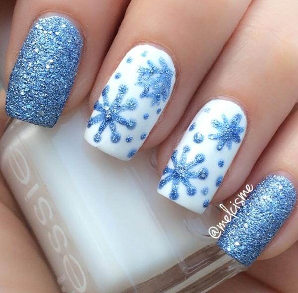 Hai màu xanh da trời và trắng kết hợp hoàn hảo.