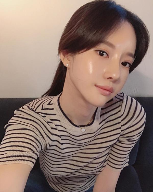 Cùng rửa mặt nhưng gái Hàn, Nhật có làn da căng mướt, trắng mịn trong mùa đông còn gái Việt thì khô, nứt nẻ vì sao?