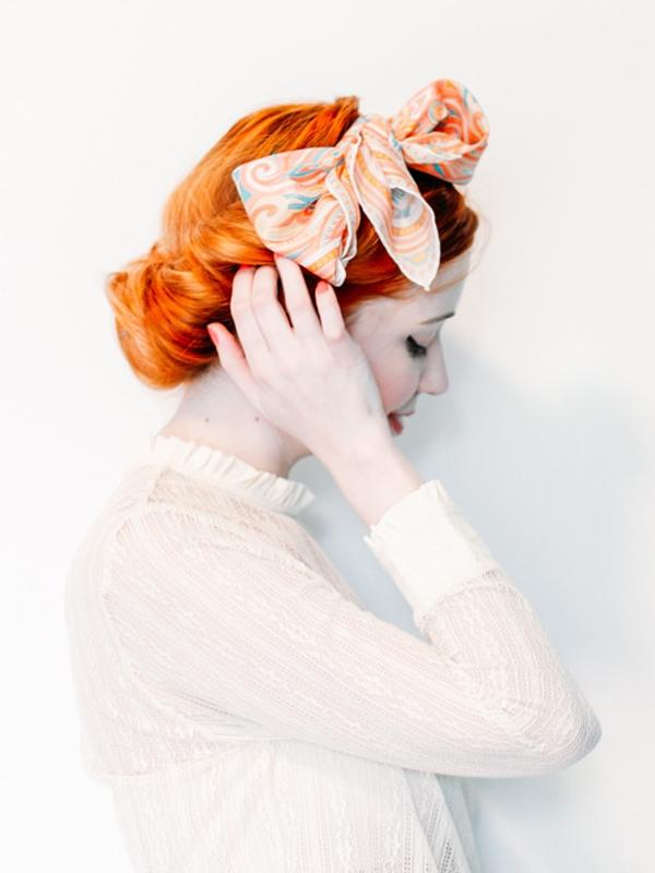 Thay đổi kiểu tóc trong 1 phút chỉ với khăn choàng - Ảnh 2
