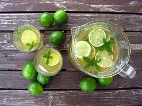 4 loại nước phải uống buổi sáng để có làn da trắng mịn màng ảnh 1
