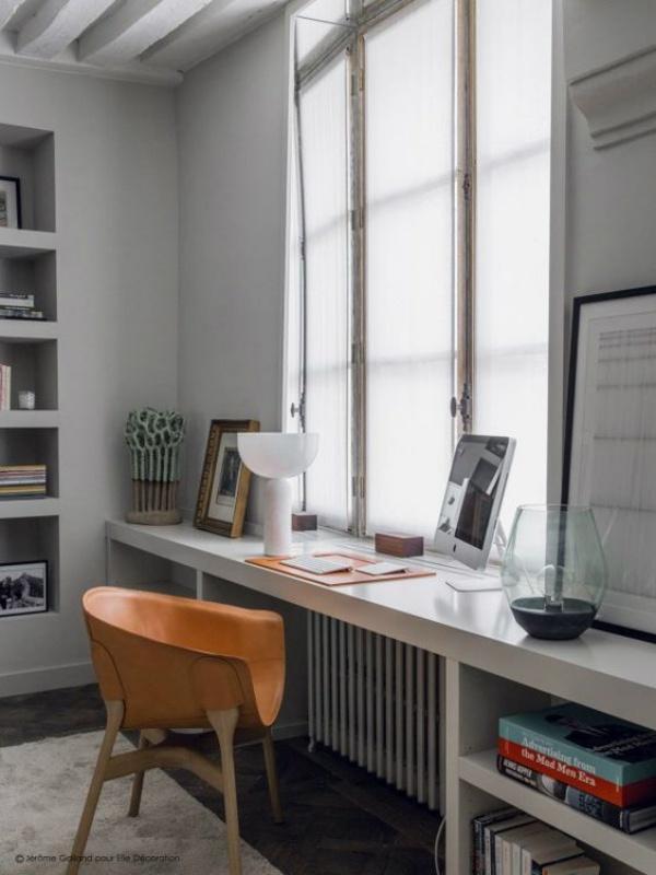 Những cách tận dụng không gian cửa sổ để tạo góc làm việc thoải mái cho nhà hẹp - Ảnh 12.