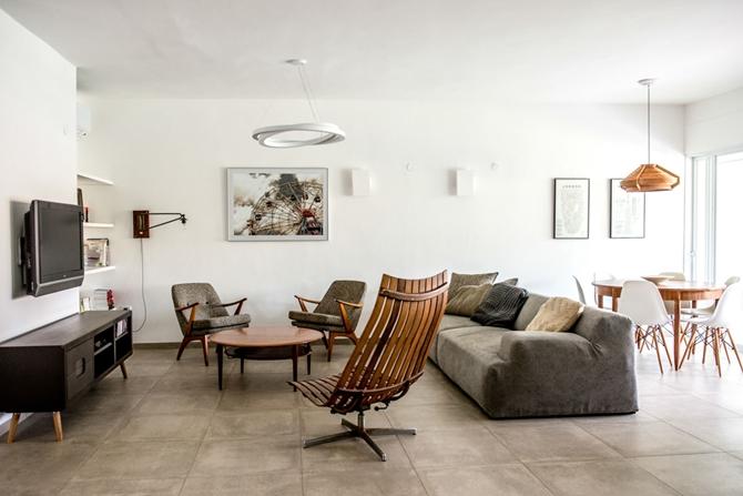 Căn hộ chưa đầy 30 m2 trắng tinh và tiện nghi của hai mẹ con