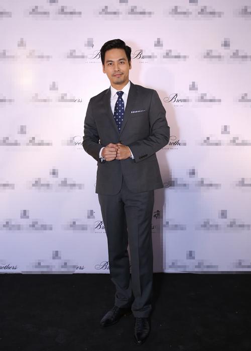 MC Phan Anh diện veston bảnh bao - 1