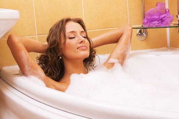 Làm gì để hết viêm nhiễm vùng kín do nước bẩn?