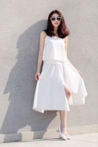 Xu hướng white on white trắng tinh khôi cho ngày hè