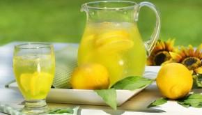 Điều 'kỳ diệu' khi bạn uống nước chanh vào buổi sáng
