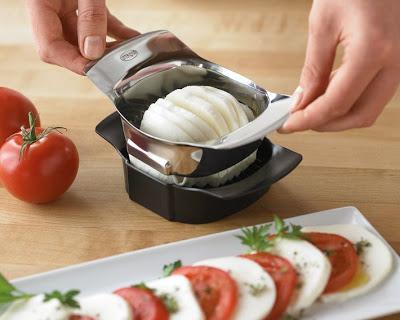 Thật tuyệt vời nếu có những dụng cụ làm bếp này hiện diện trong căn bếp của chúng ta
