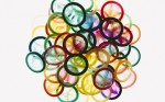 Bao cao su đổi màu khi phát hiện mầm bệnh tình dục