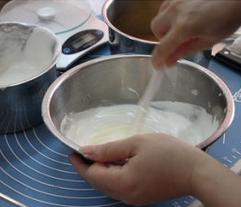 Làm cheesecake xoài không cần lò nướng