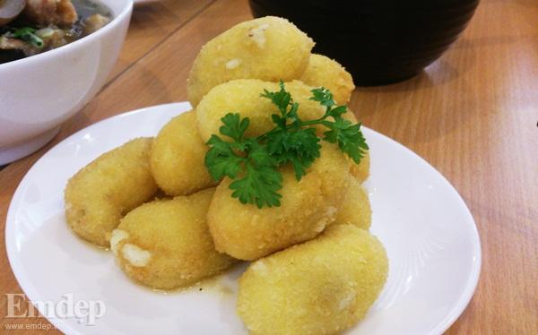 Bánh khoai tây chiên xù