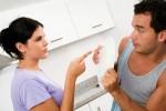 """8 cách """"đối phó"""" với cô vợ hay ghen"""