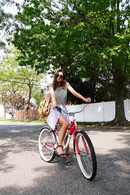 Cách mặc đẹp cho cô nàng khi đi xe đạp