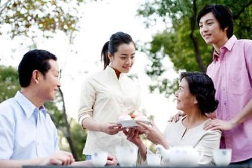 Chồng đòi ra ở riêng vì mâu thuẫn gia đình