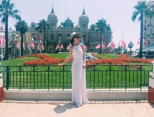 Á hậu Diễm Trang khoe vòng eo 58cm đáng ghen tị - 15