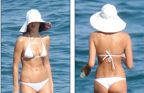 Irina Shayk mặc bikini gợi cảm, nhăn nhó vì nắng gắt - 3