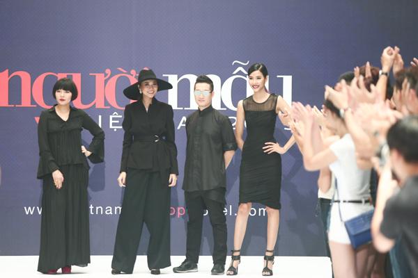 Nhà thiết kế Devon Trần, siêu mẫu Thanh Hằng, nhiếp ảnh gia Samuel Hoàng, Hoàng Thuỳ tuyển sinh tại khu vực Hà Nội.