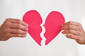 Những dấu hiệu cho biết đã đến lúc bạn nên kết thúc một cuộc tình!