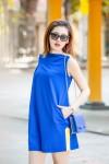 Á hậu Tú Anh khoe chân dài sexy cùng với váy xanh cobalt
