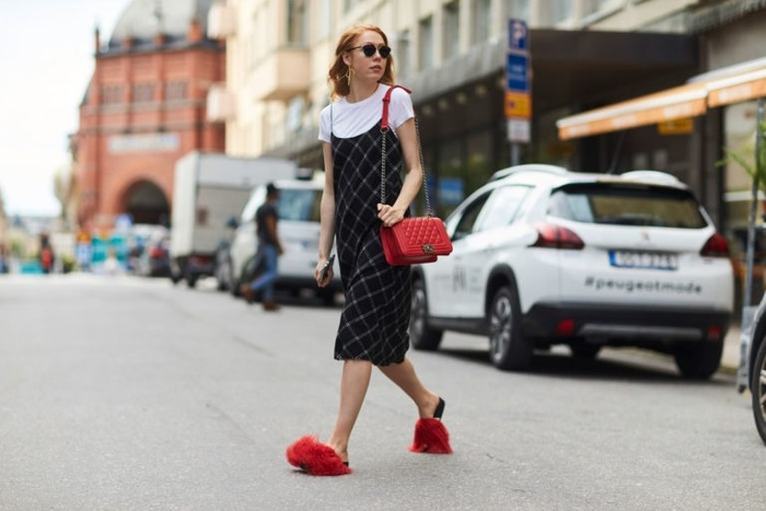 """Diện đồ màu đỏ """"chất chơi"""" như fashionista thế này ai cũng mê mẩn"""