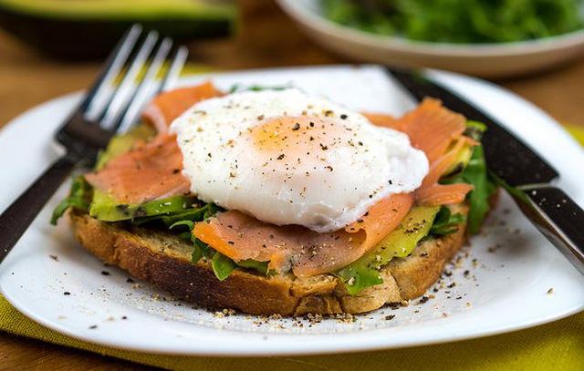 6 đồ ăn sáng giúp no lâu và làm bạn nhìn trẻ hơn