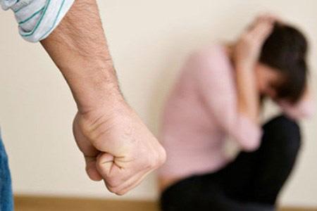 Chuyện những gã đàn ông hay đánh vợ dù vẫn rất yêu