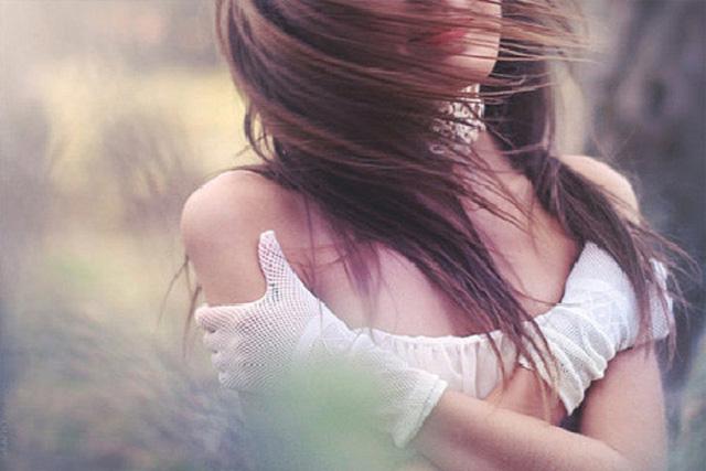 Nước mắt muộn màng của gái xinh từ nạn nhân thành kẻ buôn người