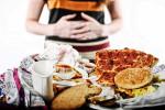 6 loại thực phẩm 'càng ăn càng già và xấu' bạn phải lập tức tránh xa