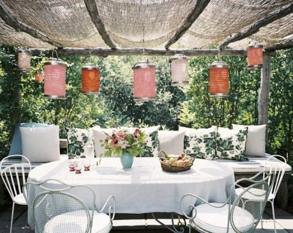 Tạo phòng khách ngoài trời đẹp như trong mơ nhờ ý tưởng trang trí sáng tạo sau - Ảnh 9.