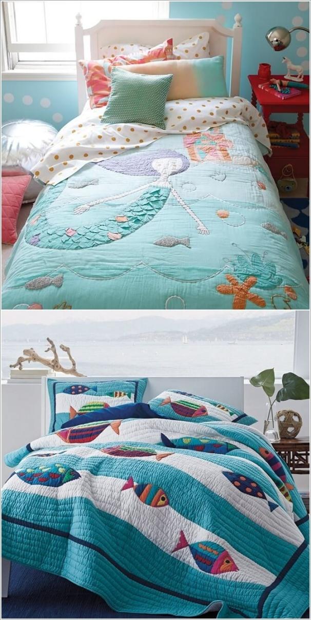 7. Với căn phòng nhỏ, khi chiếc giường là trung tâm, là nội thất chính thì bạn có thể mua một bộ chăn ga với màu sắc và họa tiết từ đại dương. Cách đơn giản này sẽ giúp cho không gian nhỏ của bé thêm vui nhộn với hơi hướng biển cả.