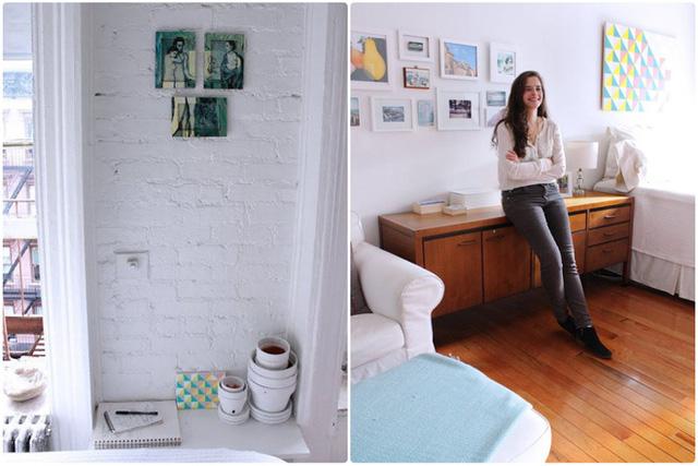 Tận dụng bức tường dài, cô gái đặt thêm tủ kệ đựng đồ, nơi có thể lưu trữ đồ đạc cá nhân, tài liệu, sách vở giúp không gian nhỏ thêm gọn gàng.