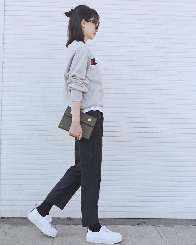 Người mặc suit cá tính, người diện đồ cả cây là những điểm sáng nhất của street style châu Á tuần qua - Ảnh 5.