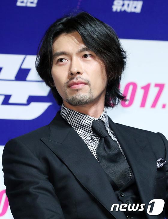 dan mang xon xao khi chi dau song joong ki lai giong song hye kyo den kho tin - 9