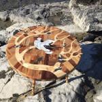 Ngắm chiếc bàn cho nhà đẹp cực phong cách làm từ 12 loại gỗ khác nhau