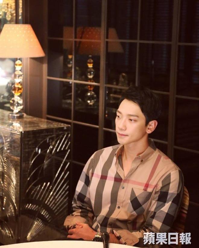 Bi Rain thường xuyên vào bếp nấu ăn cho vợ bầu Kim Tae Hee