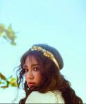 'Cô dâu tháng 10' Song Hye Kyo khoe sắc trước ngày cưới