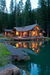 Ngôi nhà bên hồ an yên và thư giãn
