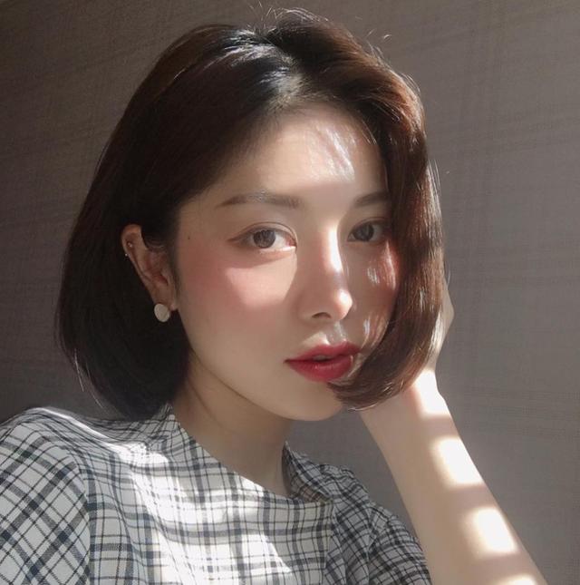 Xu hướng uốn mi mới có gì hot mà được các quý cô Hàn Quốc mê mẩn đến thế