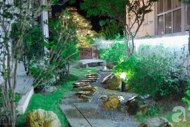 Ngắm ngôi biệt thự lung linh màu sắc Giáng sinh ở Long Biên, Hà Nội - Ảnh 18.