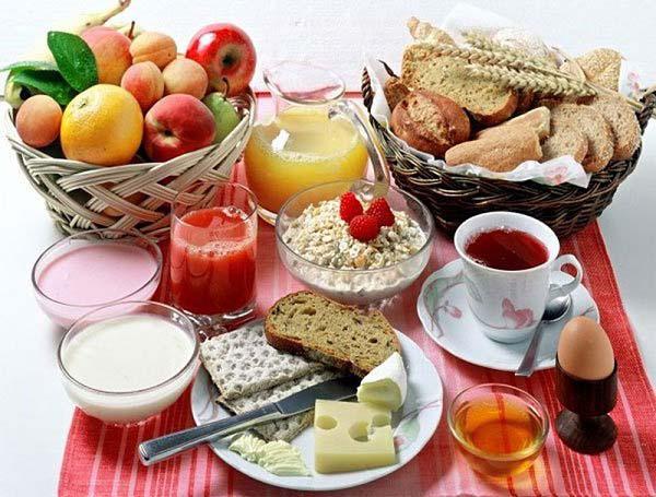 Nhiều lợi ích của việc ăn sáng mà bạn không hay biết