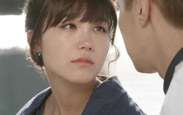 Nước mắt kẻ thứ ba: 'Tôi sẽ cưới cô nhưng tôi chỉ yêu cô ấy!'