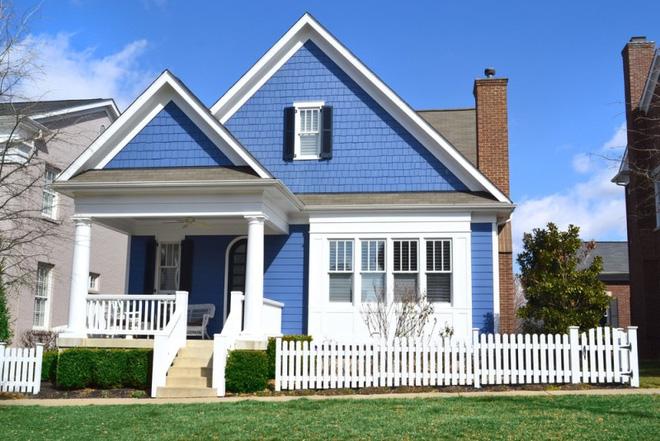 Hàng rào trắng lãng mạn tô điểm cho những ngôi nhà vườn đẹp nên thơ - Ảnh 18.