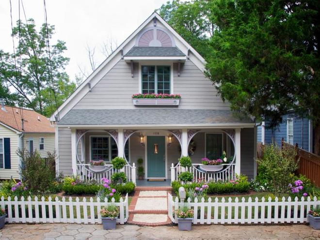 Hàng rào trắng lãng mạn tô điểm cho những ngôi nhà vườn đẹp nên thơ - Ảnh 20.