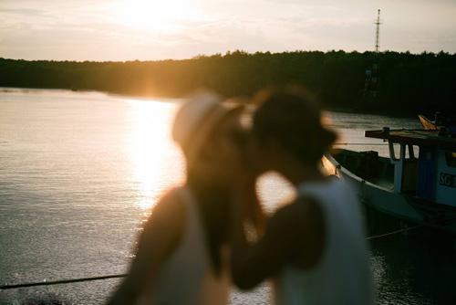 Tình yêu của cặp đôi đồng tính nữ cách nhau nửa vòng trái đất - 9