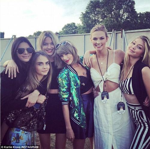 Hội bạn gái xinh vô địch của Taylor Swift