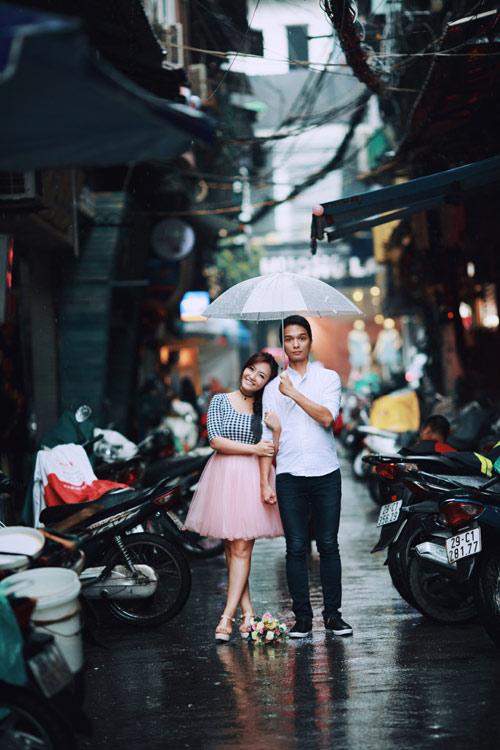 Ảnh cưới đẹp ngỡ ngàng dưới trời mưa lũ Hà Nội - 10