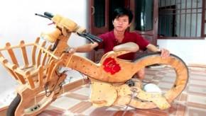 Chàng trai 9x chế xe đạp điện không săm từ ván ép, đồ cũ